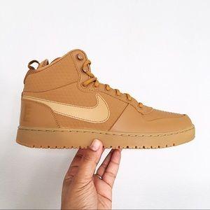 Nike Court Borough Mid Winter Men's Shoes